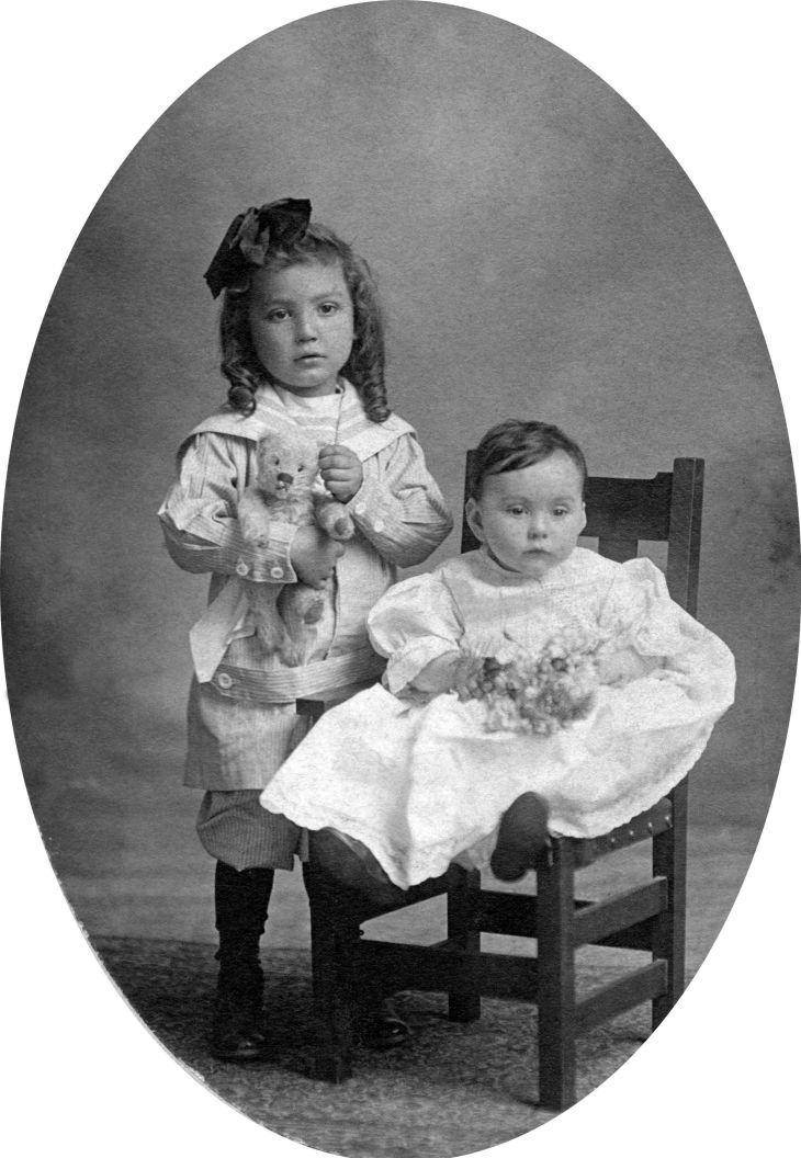 Thomas And Agnes Temple 1909 94.11.1.6