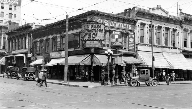 A Snapshot Of North West Corner Of 1st And Main St Los Angeles 2