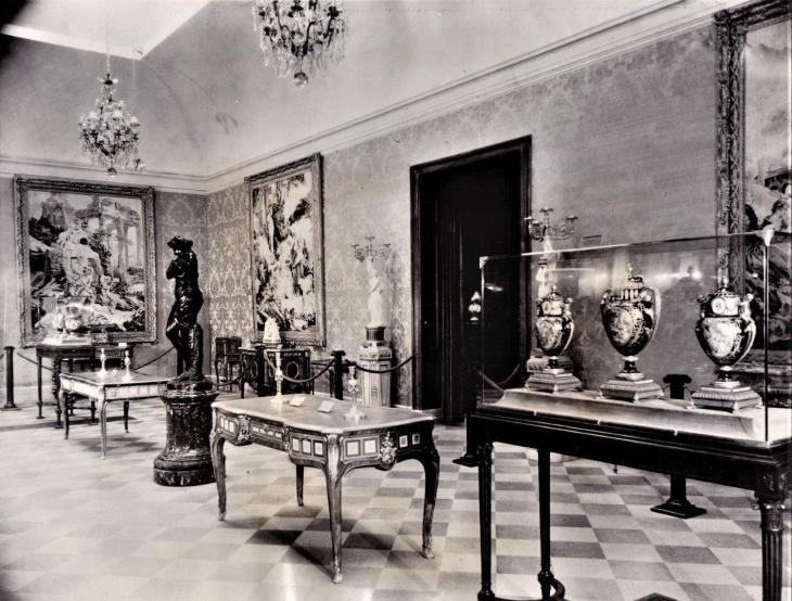 Huntington Library Art Gallery French Room_20190225_0001