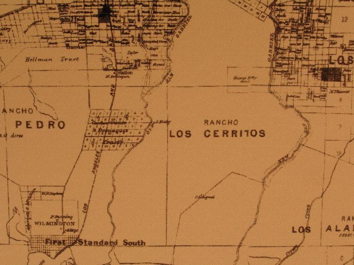 1877 Los Cerritos detail