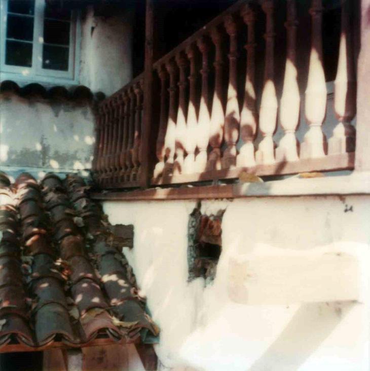 1871La Casa Nueva Courtyard Balcony Beams Before Restoration 99.5.33.889