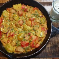 Vegane Tortilla Espanola mit Limetten-Basilikum-Mayo