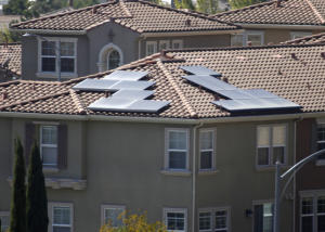 Solar panels getting cool reception from homeowners associations