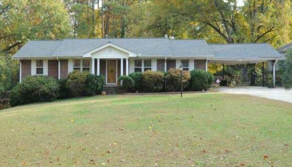 Home In Oak Grove Atlanta Neighborhood
