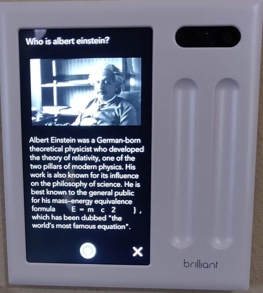 Albert Einstein Alexa