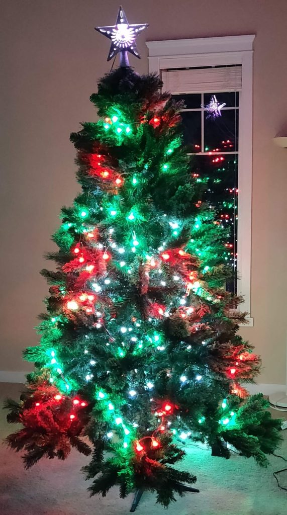 Red and Green WLED powered Christmas Tree