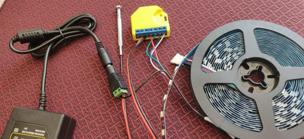 Shelly RGBW2 wiring to LED and power