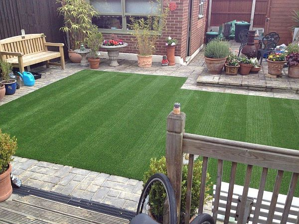 artificial grass installation in your lawn (2)