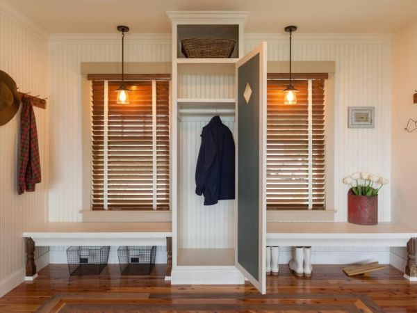 ideal mudroom (1)
