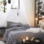 Channelize The Bohemian Decor In The Bedroom 18
