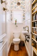 Amazing Small Bathrooms In Small Appartment Ideas 83