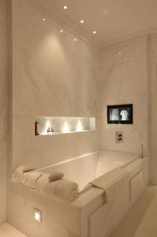 Extraordinary White Bathroom Ideas 116