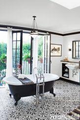 Extraordinary White Bathroom Ideas 132