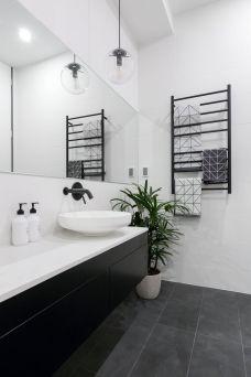 Extraordinary White Bathroom Ideas 146