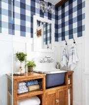 Extraordinary White Bathroom Ideas 18