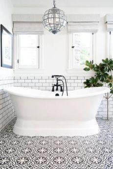 Extraordinary White Bathroom Ideas 43