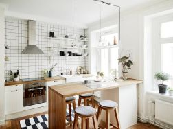 Small Kitchen Ideas For Your Appartement 80