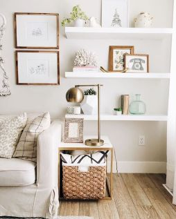 50 ++ Amazing Living Room Designs With Floating Shelves 140