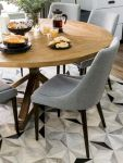 Round Dining Room Tables Decoration Ideas 52