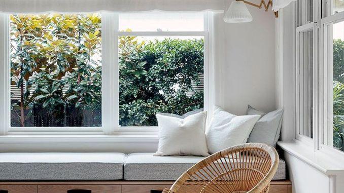 Stunning Window Seat Ideas 151