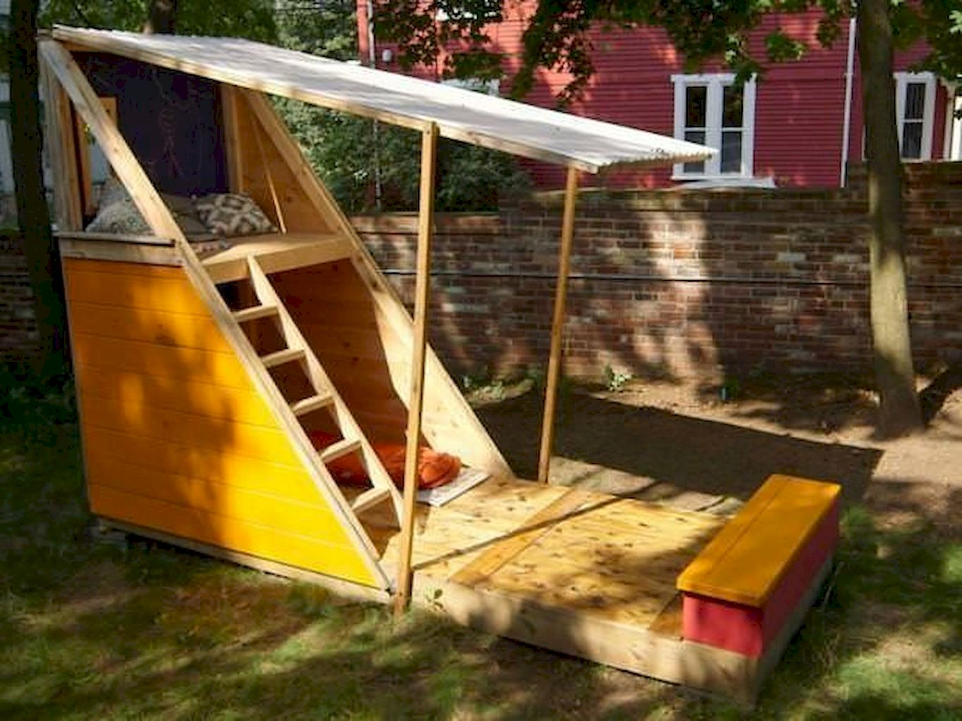 Adorable Playhouse Plan Into Your Existing Backyard Space