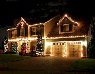 Astonishing Outdoor Christmas Lights Decoration Ideas