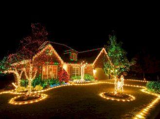 Exquisite Outdoor Christmas Lights Decoration Ideas