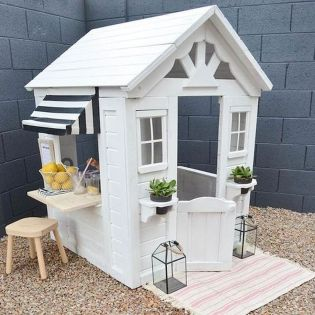 Unbelievable Playhouse Plan Into Your Existing Backyard Space