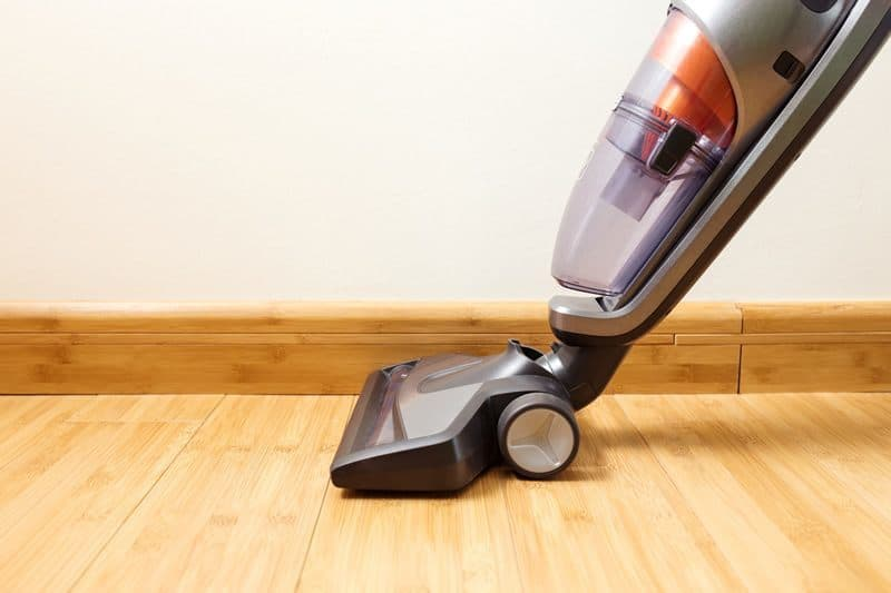 A Dyson Vacuum Review: An Overview Of 3 Of The Brandu0027s Latest Models