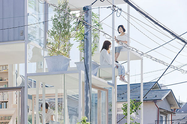 transparent house in japan 3