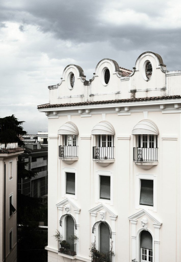 modern rome apartment exterior view