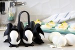 Penguin egg-holder