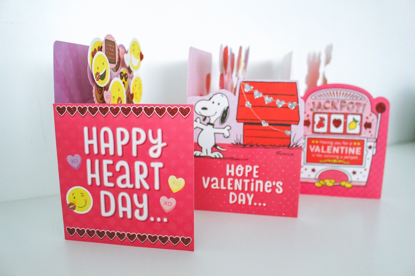 Last minute Valentines Day Gifts from Hallmark Canada