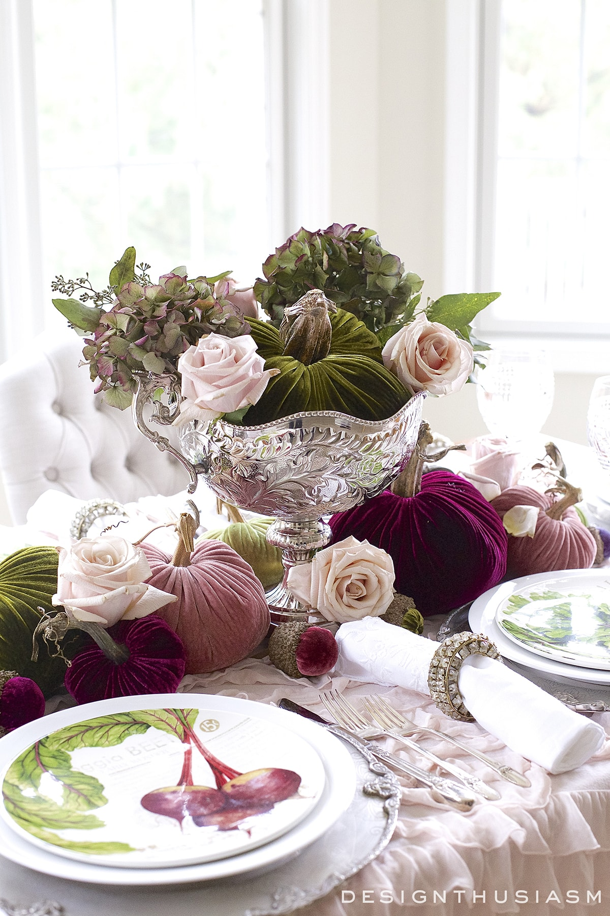 Creative Ideas for Fall or Thanksgiving Table Settings and Home Decor 17