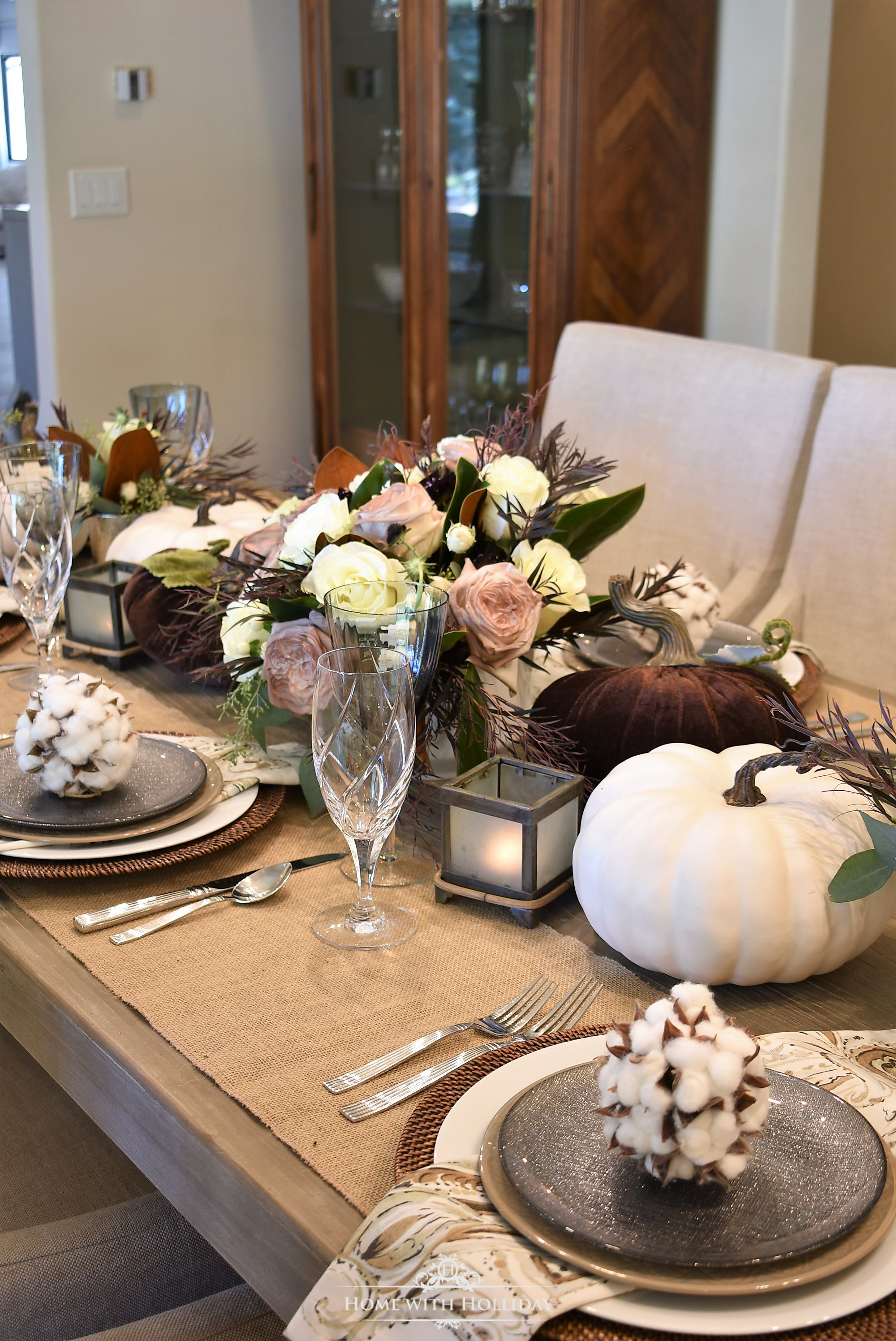 Centerpiece for a Fall Table Setting with Brown and White Pumpkin