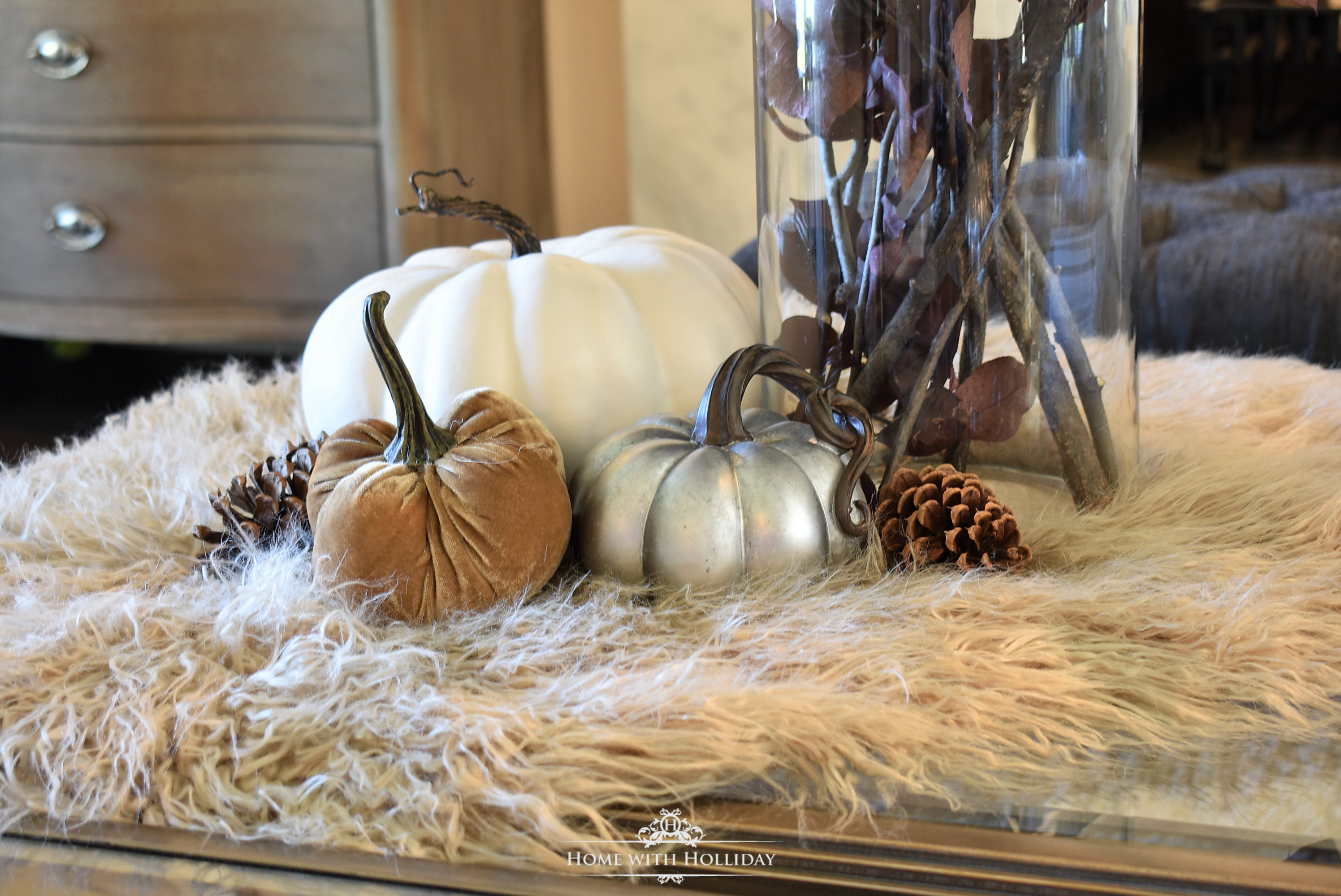 Easy and Creative Fall Decor Ideas 11