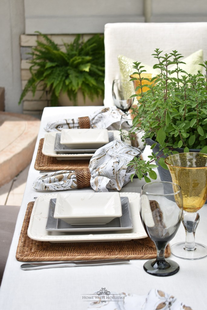 Placesettings for an Alfresco Dinner Party for Father's Day - Home with Holliday