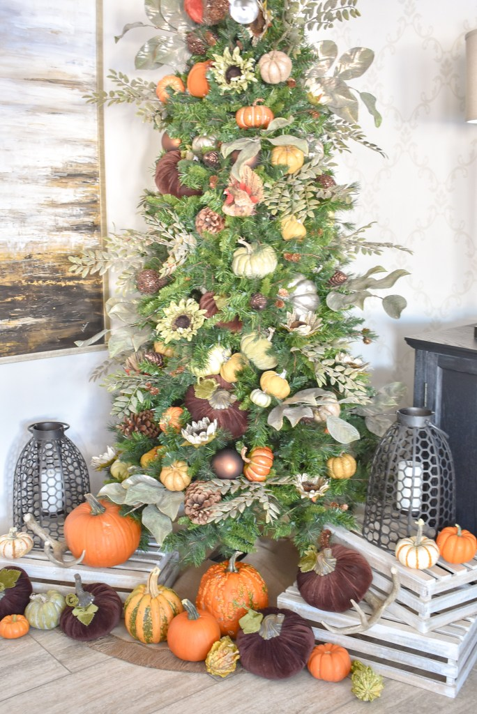 Our Autumn Thanksgiving Tree with Pumpkins - Home with Holliday