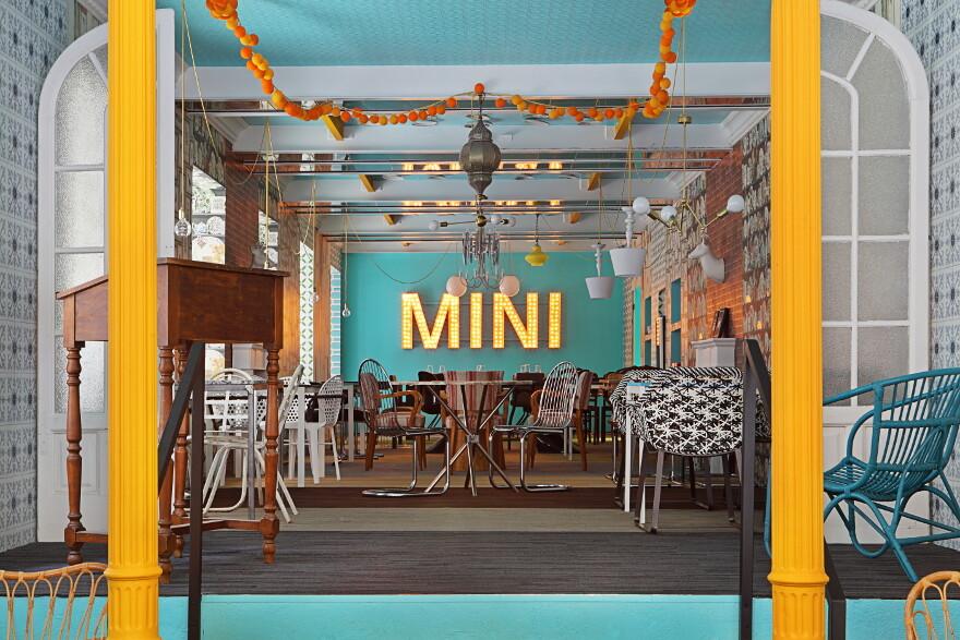MINI Amp DASSA BASSA Restaurant Guille Garcia Hoz