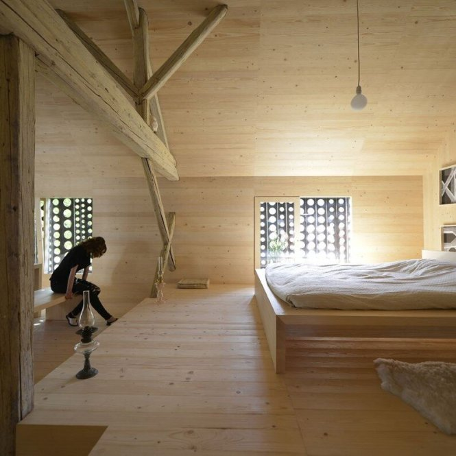 Old Alpine Barn Revitalized By Converting Into A Loft Apartment 2
