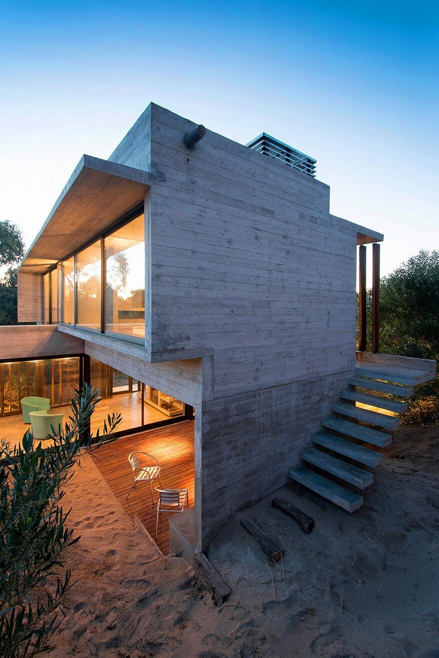 Concrete Weekend Retreat In Buenos Aires Argentina