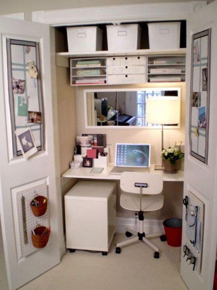 Cool hidden and pull out shelf storage ideas 11 (source pinterest.com)