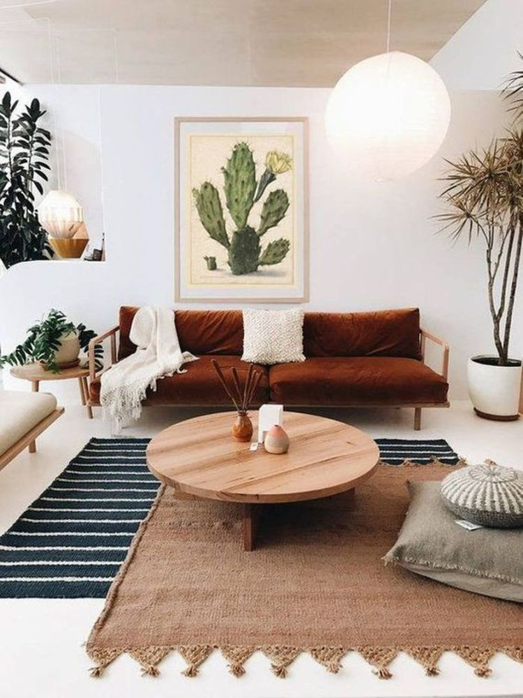 Cozy living room with rugs and low seating style 16 (source pinterest.com)