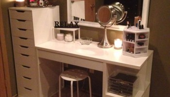 Peachy 25 Gorgeous Makeup Vanity Ideas 2018 Andrewgaddart Wooden Chair Designs For Living Room Andrewgaddartcom