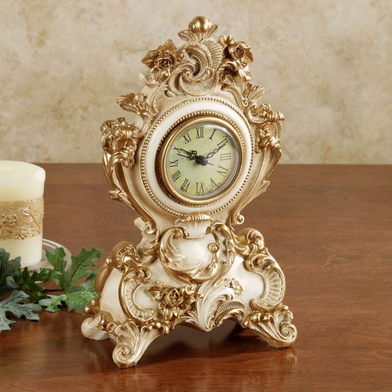 Oliviana Table Clock
