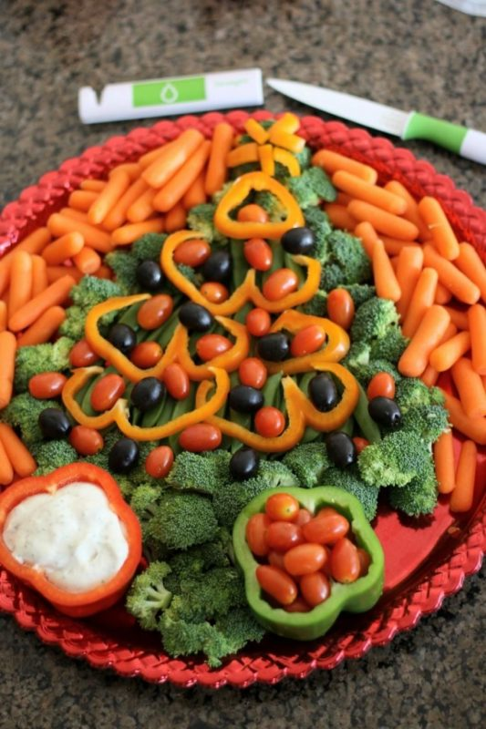 14 magnifiques plateaux de légumes, super faciles à monter pour Noël! |  Légumes de noel, Fruits et légumes, Plat noel