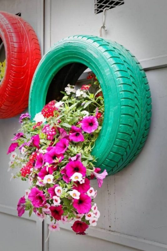 30 Impressive DIY Tire Planters Ideas for Your Garden To Amaze Everyone en 2020 | Maceteros de llantas, Maceteros de jardín, Jardineras de bricolaje