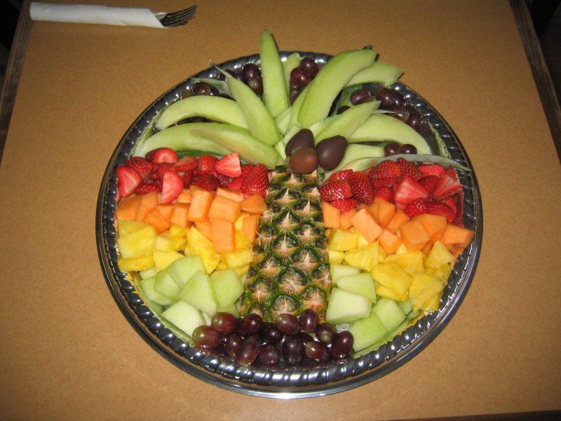 Pin by Julie Boto on Fun Food | Veggie tray, Fruit and veg, Fruit dishes