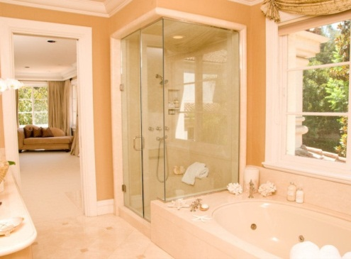 D:\@ARSIP\2020\NOVEMBER\hz-orange-master-bathroom9-111419-min.jpg