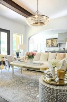 Afordable Livingroom Summer Decoration 20